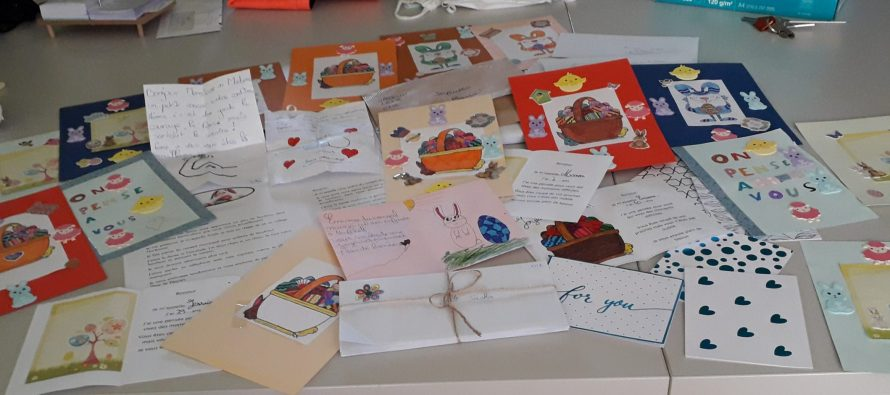 Bravo les enfants : 117 lettres remises aux EHPAD!